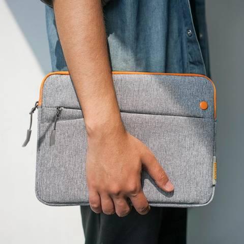 Mua túi chống sốc TomToc chính hãng giá tốt ở đâu tại Hà Nội và Sài Gòn